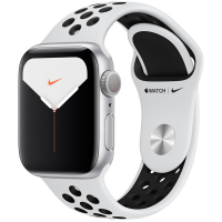 Apple Watch Nike Series 5, 44 мм, корпус из алюминия серебристого цвета, спортивный ремешок Nike «чистая платина/чёрный» (MX3V2)